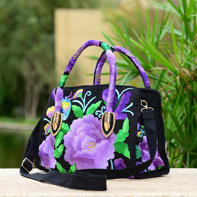 2017 new national style embroidered female handle bag canvas