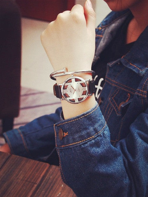 2017 New Leather Hollow Out Casual JIS Watch Fashion Couple Leather