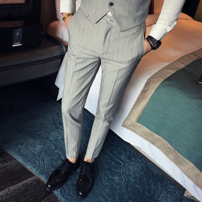 2017 new autumn men Korean version of Slim trousers tide men stripes
