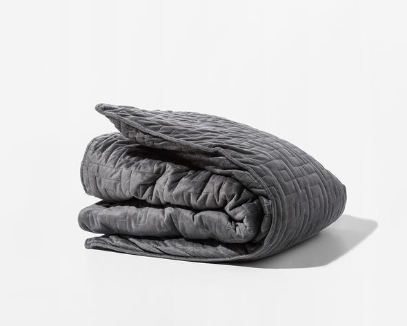Now Trending: Why #GravityBlankets & #WeightedBlankets Are Filling Up Our Instagram Feeds