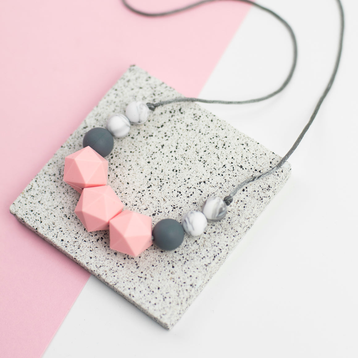 Mona Teething Necklace - Sebandroo