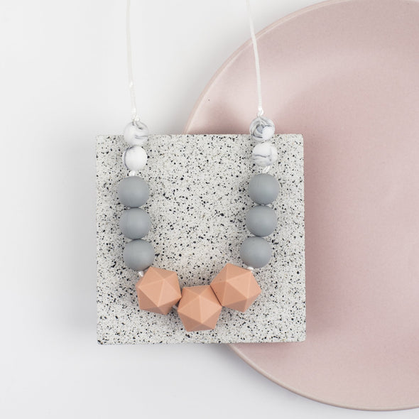 Pretty chew necklace in peach and grey