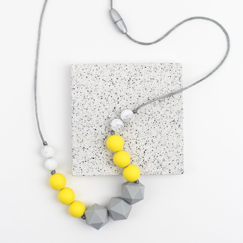 Jolie Yellow Teething Necklace - Sebandroo
