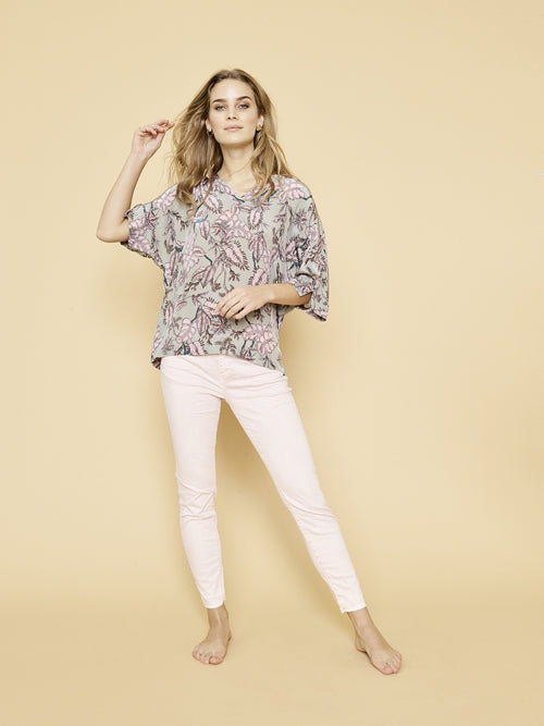 Palma Vita V Neck Blouse