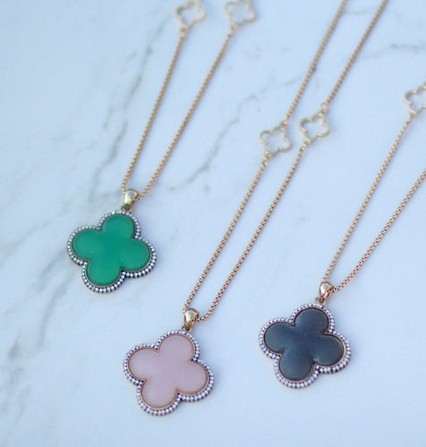 Faux Stone Clover Pendant Necklace