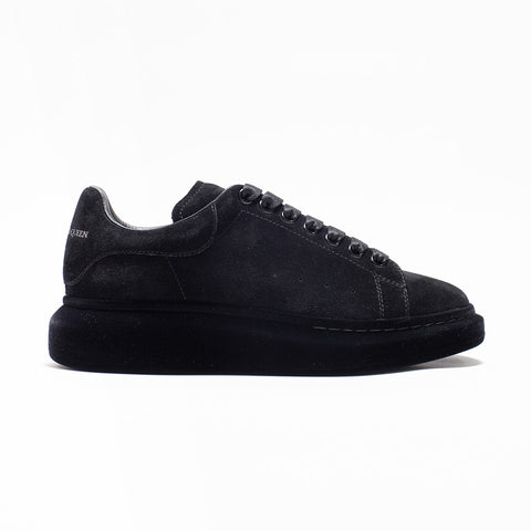 ALEXANDER MCQUEEN RAISED SOLE LOW TOP SUEDE FLOCKED SNEAKER BLACK