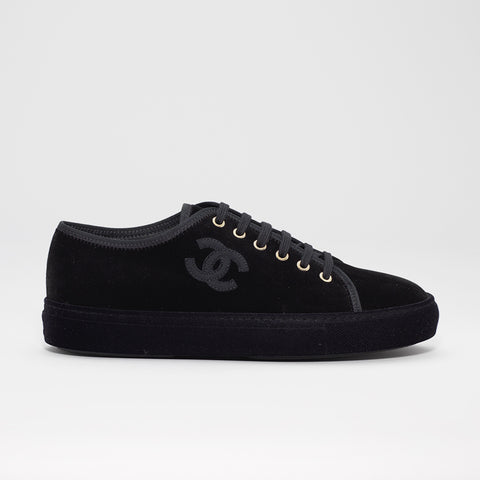 CHANEL VELVET LOW SNEAKER BLACK
