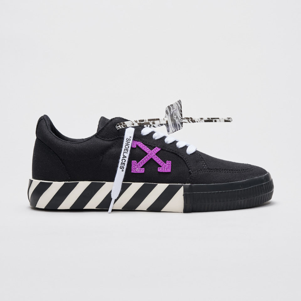 OFF-WHITE CANVAS LOW SNEAKERS BLACK