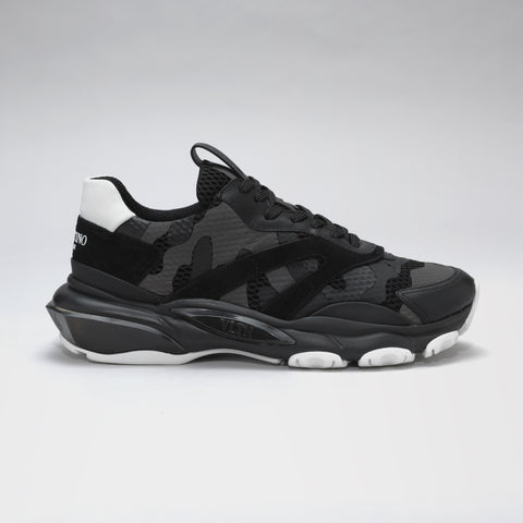 a539520020d5 VALENTINO BOUNCE RAISED-SOLE LOW-TOP TRAINERS BLACK CAMO
