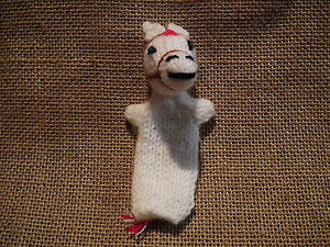 KNITTED FINGER PUPPET TOY PERU FAIR TRADE  * ANIMAL DESIGNS STOCKING FILLER