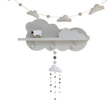 WHITE CLOUD GARLAND