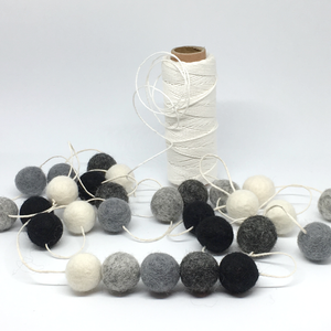 GREY FELT BALL GARLAND