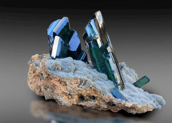 A Guide to the Ultra Soft Vivianite Stone