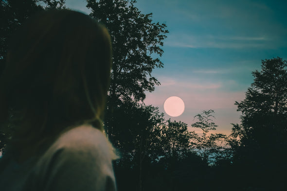 When are the Two Full Moons in October? Meaning & What to Do