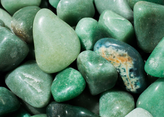 Aventurine: How to Harness Its Soothing Energy for Your Well-Being