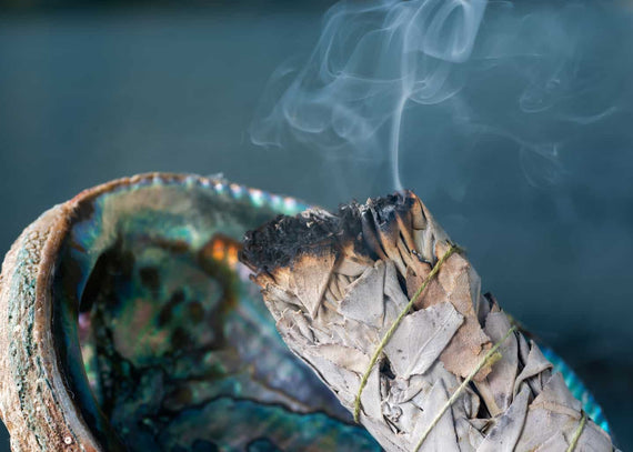 A Guide to Smudging: How, When and Where