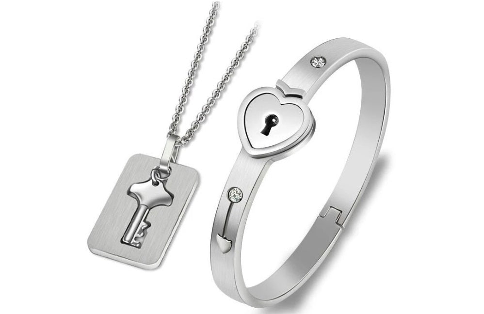 lock and key bracelet for couples