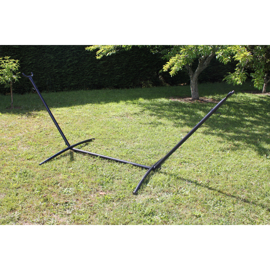 Portable metal hammock stand