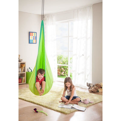 Hanging nest chair in green