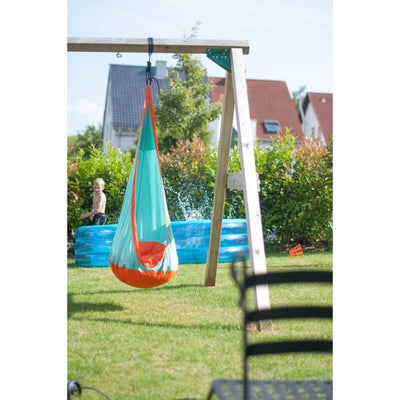 Outdoor proof children's hanging nest