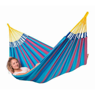 women in single hammock