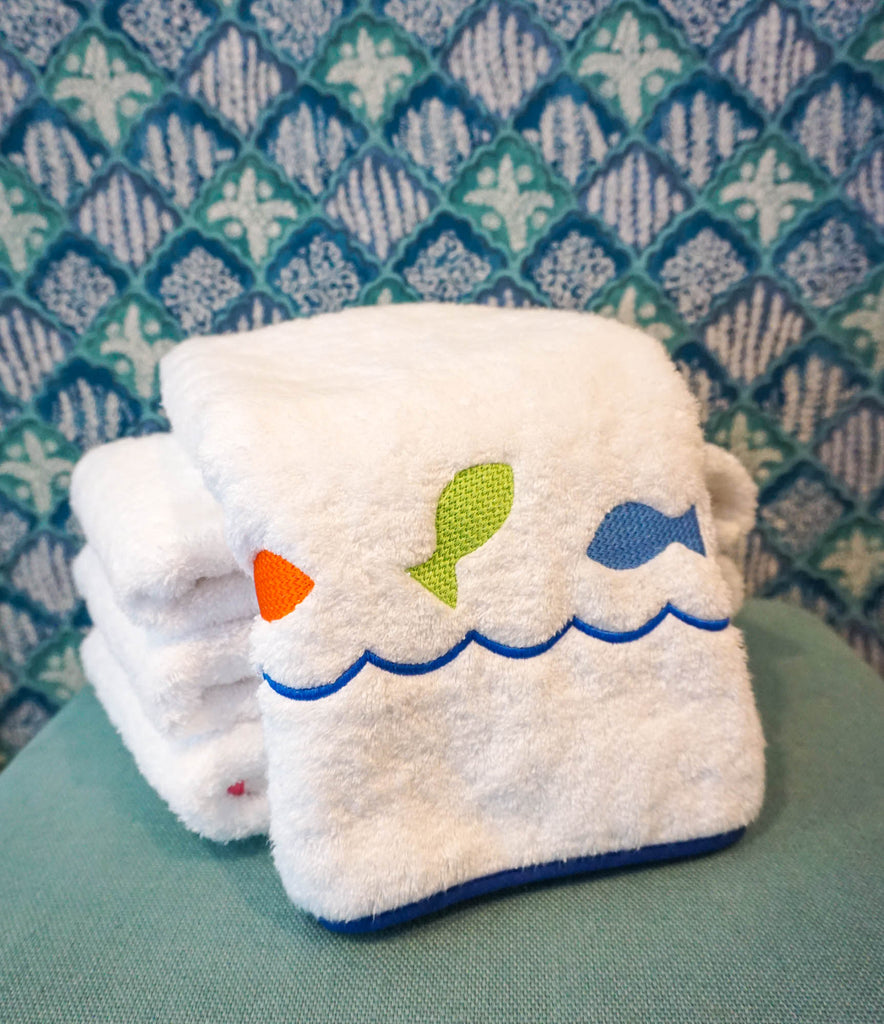 Madre Fish Hand Towel