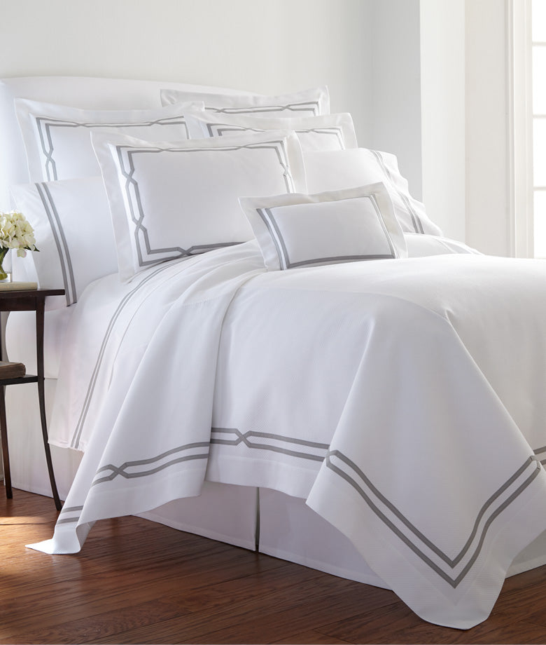 Custom Double-Banded Diamond Pique Bedding