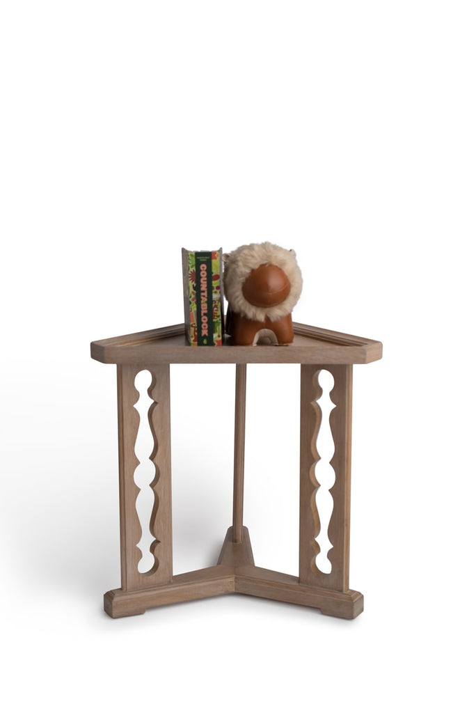 Porter Drinks Table