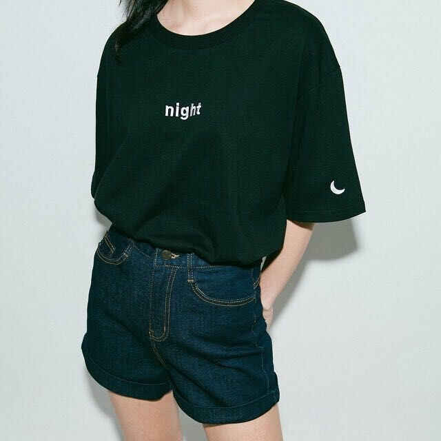 Day & Night Graphic Tee Black / One Size T-Shirt