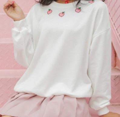 Embroidered Peachy Sweatshirt White / S