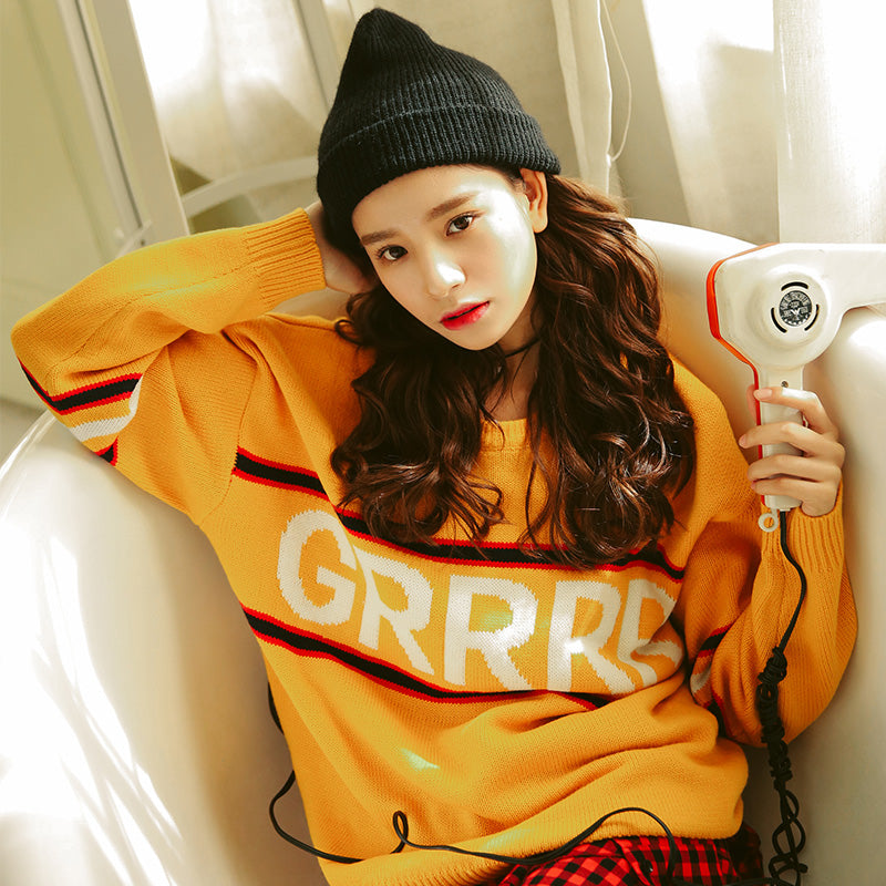 2017 Autunm New Fashion Letter Simple Vintage Loose Casual College Wind Long Sleeve Female Sweaters