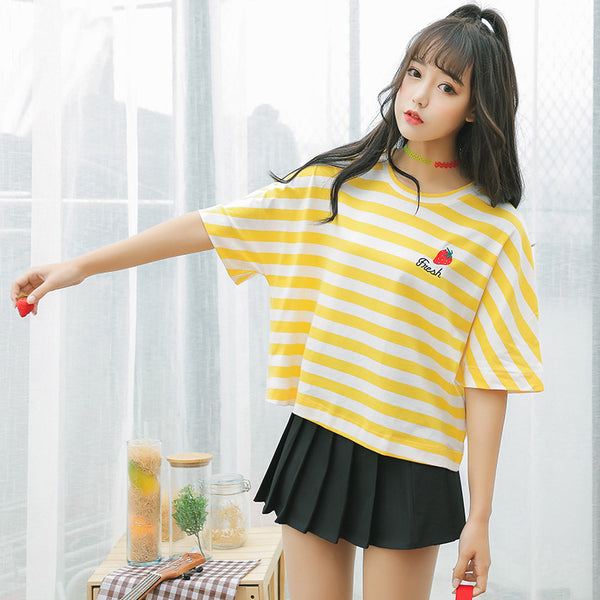 New Summer Small Fresh Short Sleeve T-Shirt Women Institute Wind Cute Fruit Embroidery Stripe Loose T Shirt Female Casual Tops
