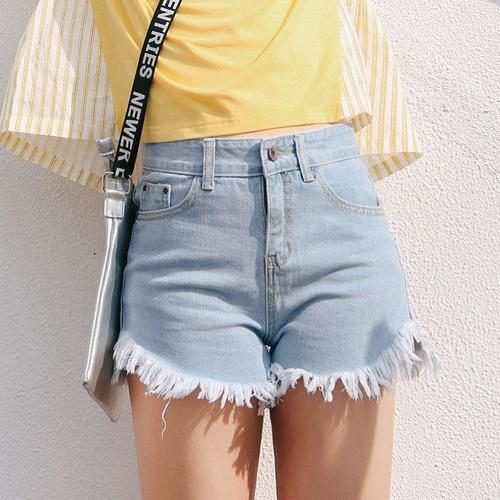 Frayed Denim Shorts - The Toasted Coconut