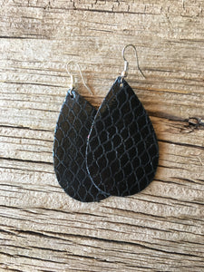 Black FishnetTeardrop Earrings