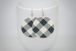 Black and White Buffalo Plaid Circles