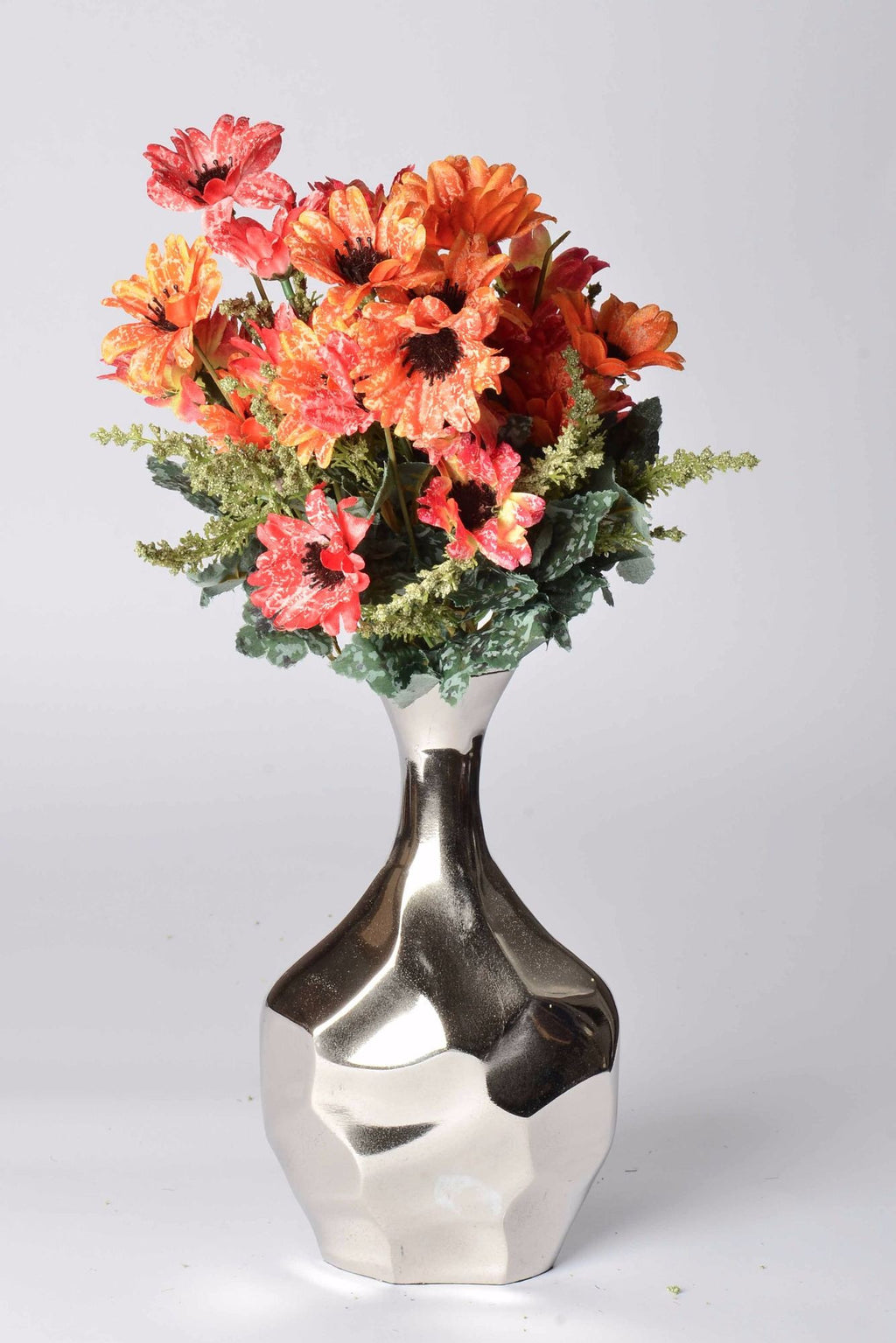 Pyrus - Botanics Vase - Polished Aluminium Faceted Simply Roka