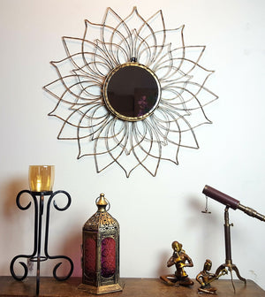 Lustro - Metal Round Flower Wall Mirror - Simply Roka