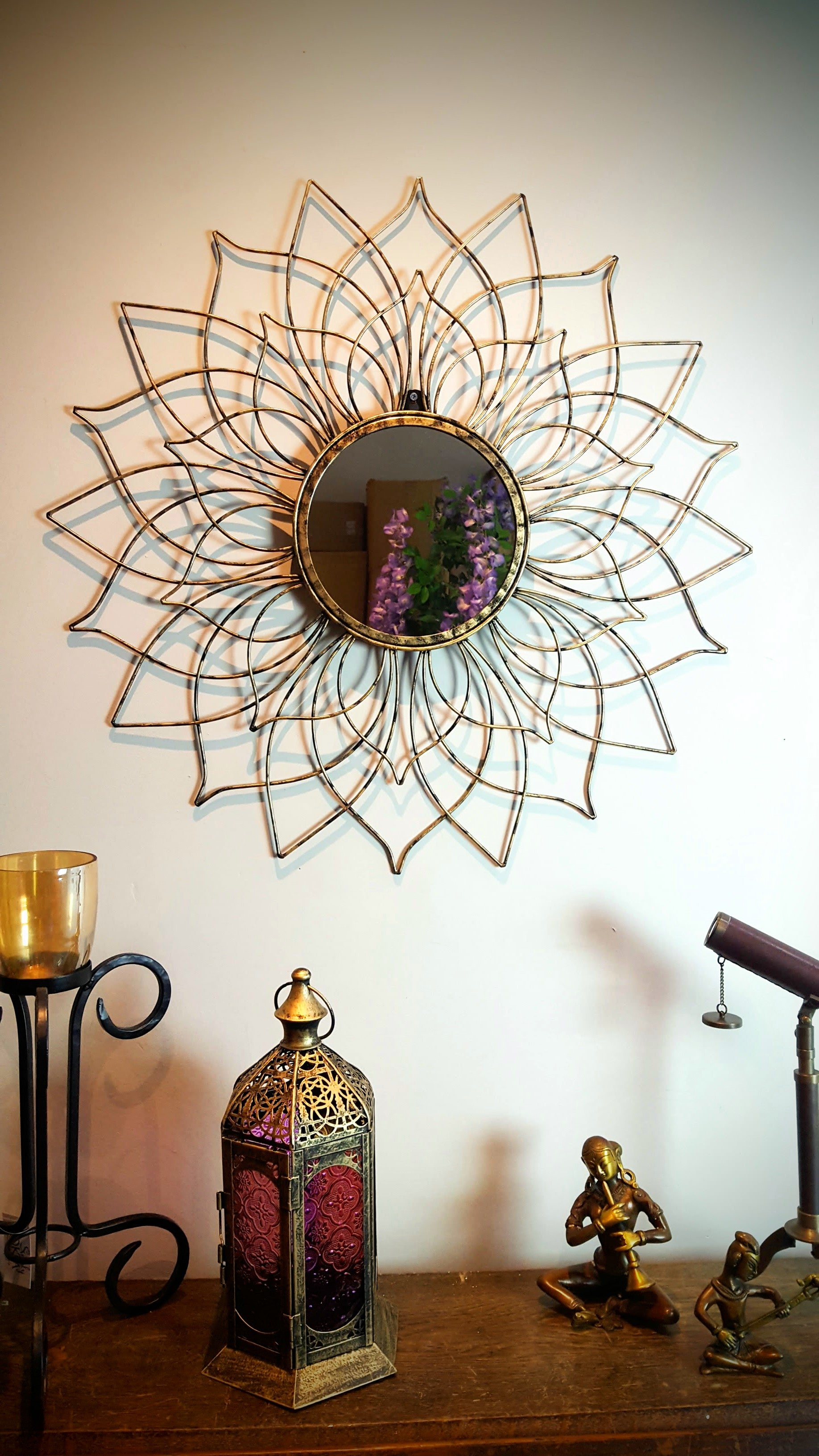Lustro - Metal Round Flower Wall Mirror Simply Roka