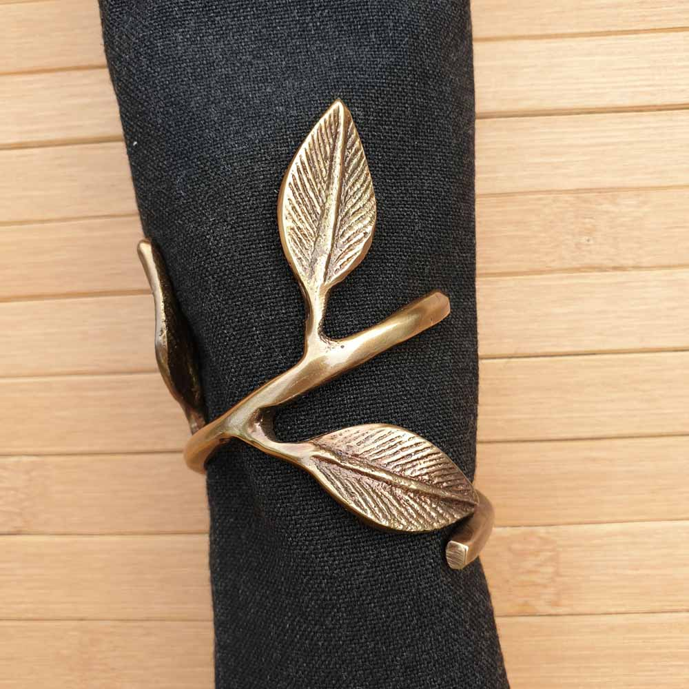 Leaf Napkin Rings (Set of 4) Simply Roka
