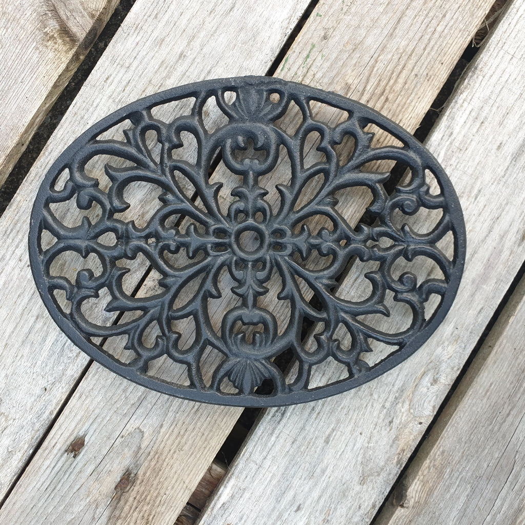 Cast Iron Oval Trivet - Simply Roka