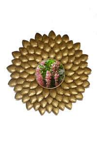 Drych - Metal Round Gold Flower Petal Wall Mirror - Simply Roka
