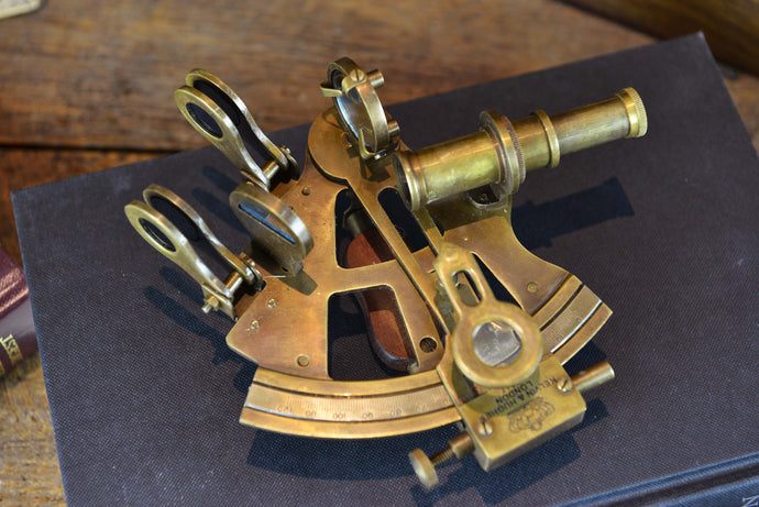 Vintage Brass Sextant Reproduction - Antique Finish + wooden box - Simply Roka