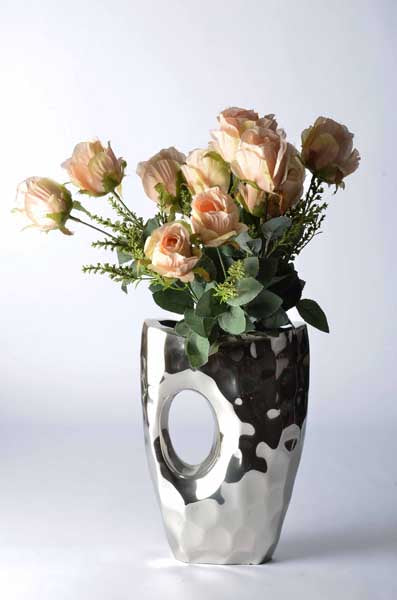Piantago - Modern Vase - Curved with 'Peep-hole' Simply Roka