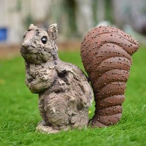 Squirrel Ornament - Wood effect - Simply Roka