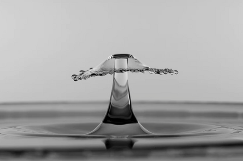 thelashop, touchless sink