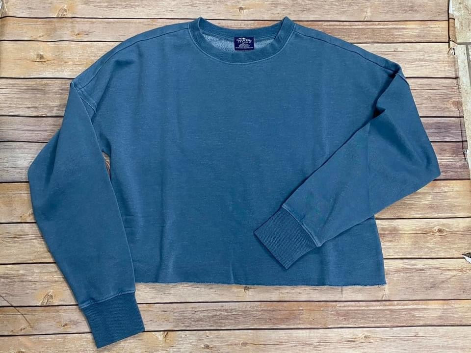 Distressed Cropped Sweatshirt - Washed Blue