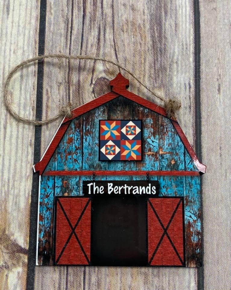 Barn with Barn Quilt Keepsake, Personalized Ornament