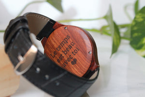Engraving a wood watch, best personalized gift ever !