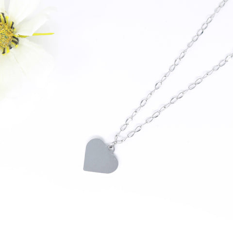 Heart minimalist necklace