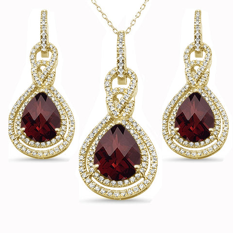 14.11cts 10k Yellow Gold Pear Garnet & Diamond Earring & Pendant Set 18
